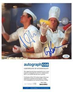 Matt-Damon-amp-Greg-Kinnear-034-Stuck-on-You-034-AUTOGRAPHS-Signed-8x10-Photo-ACOA