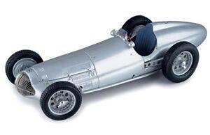 CMC-modeles-M025-MERCEDES-W154-die-cast-model-voiture-de-course-argent-1938-1-18-th-scale