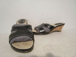Bass-Womens-Casual-Leather-Slip-On-Slide-Wedge-Sandals-Black-Size-6