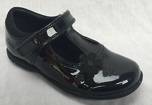 BNIB Clarks Girls Dance Tune Black Patent Leather School Shoes E//F//G//H Fitting