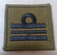 Royal Navy Helmet, Lieutenant Commander, Badge, Lt Comm, RN, Olive Green no-481