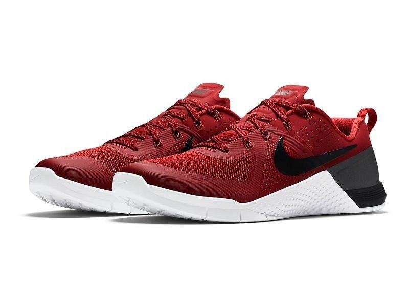 Nike uomini metcon 1 / palestra red / blk / 1 brght crmsn / white scarpa 8 uomini noi 1de3f4