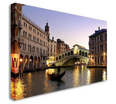 VENICE GONDOLA B W CITY ART CANVAS