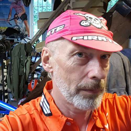 Pirate renncap Team Pink