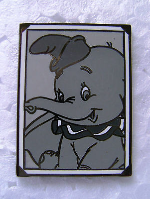 DISNEY DUMBO PHOTO SNAPSHOT LE MYSTERY BLACK & WHITE PICTURE PIN W/ BAG ~ NEW