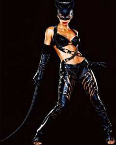 HALLE-BERRY-CATWOMAN-8x10-Glossy-Print-b