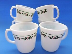6 Corning Corelle Mugs Cups in the Holly Days Pattern Microwave Safe EUC