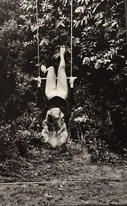 CROIX-VALMER-Helmut-Newton-Special-Collection-Photolitho-Archival-Mat