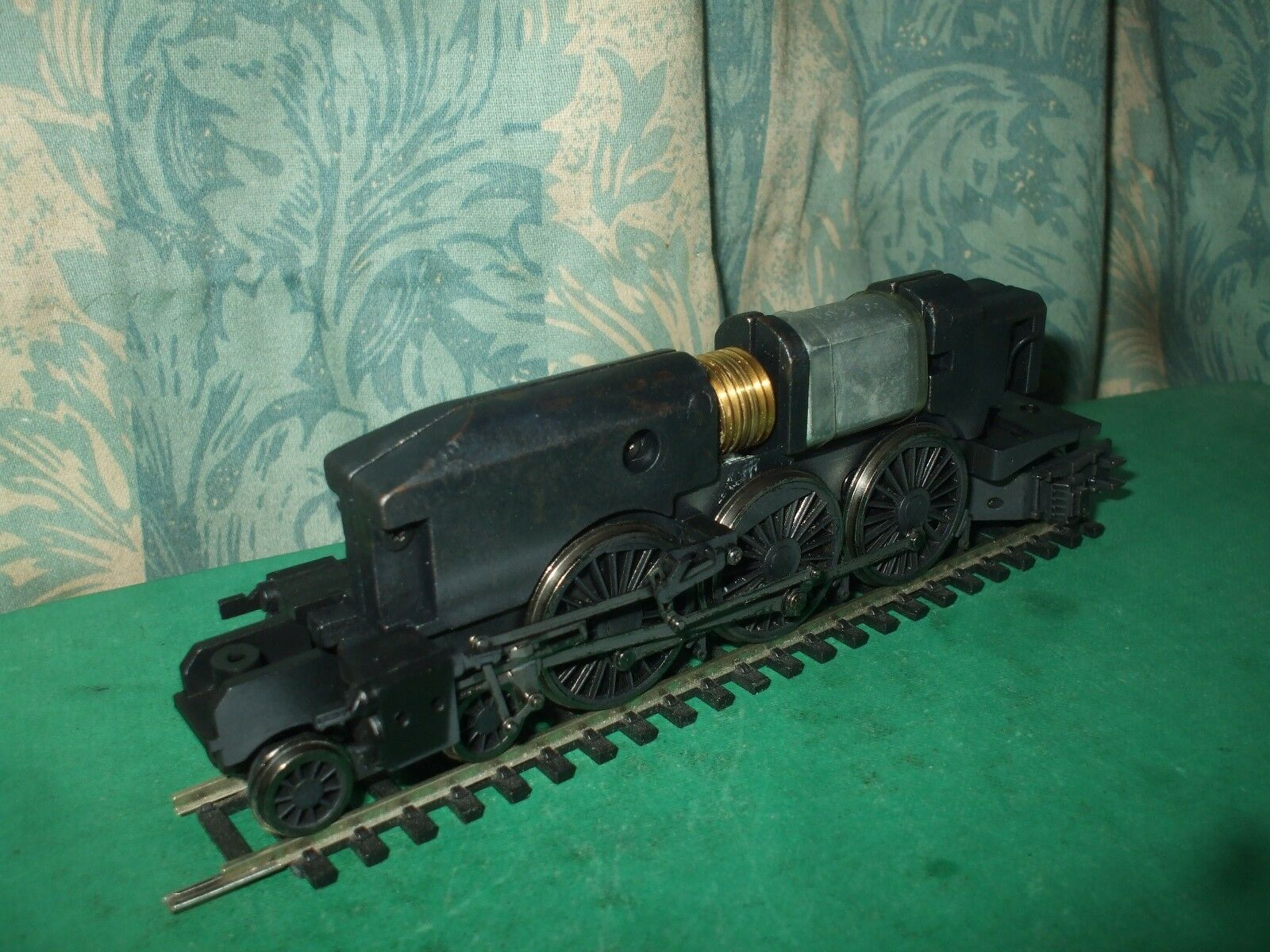 BACHMANN LNER A4 CLASS LOCO CHASSIS ONLY - No.1