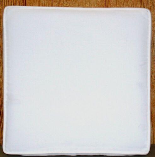Patio Seat Pad ~ Grandin Road Outdura White ~ 15 x 15 x 3.5 **NEW** 1