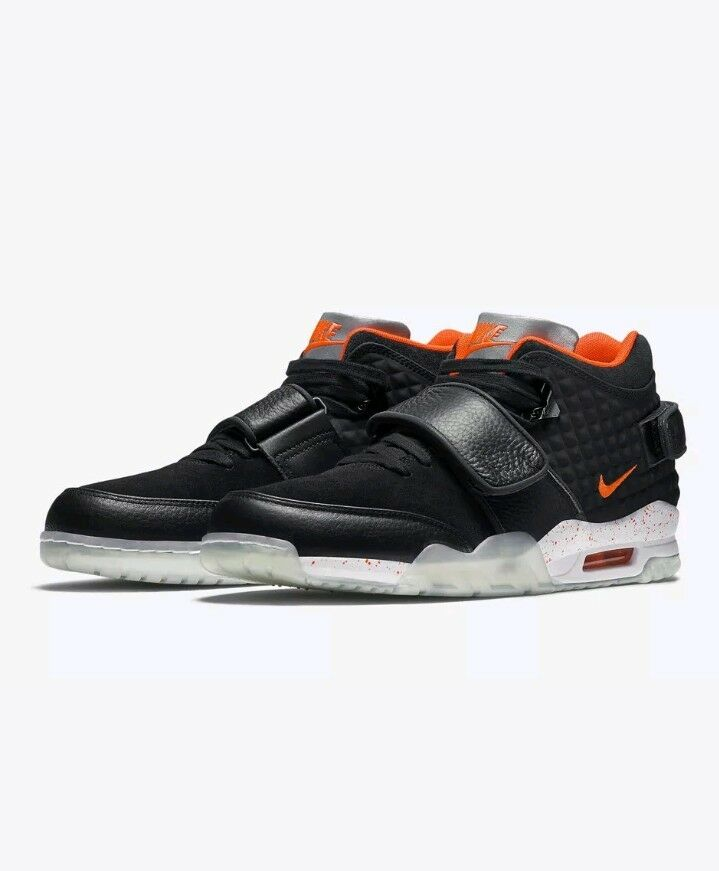 Nike Air TR. V . Cruz QS Black Bright Crimson Size 10 (821955-001) New