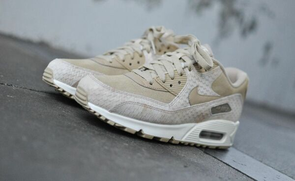 the latest f2b93 f75d8 Nike Air Max 90 Linen Sail ,,Snake' 896497-200 Wmn Sz 8. Hover to zoom