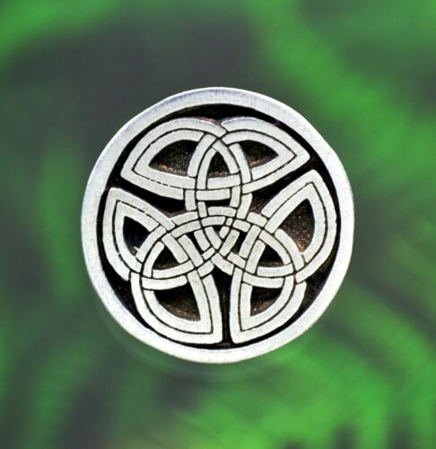Celtic Trinity Knot ButtonsSET of TWO ButtonsSewing Buttons in Fine Pewter