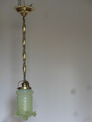 Alte Lampe Aus Messing, Mit Uranglas Schirm, Vaseline Glass, Uraniumglass