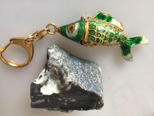 Koi Schlüssel Anhänger Fisch Emaille Cloisonné beweglich grün Groß NOS 1980er
