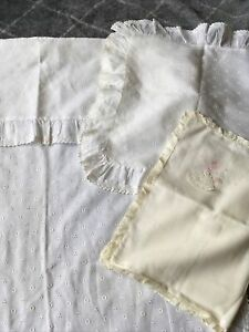 Vintage-Baby-Bassinet-Duvet-Coverlet-Pillow-White-Lace-Handmade-Bopeep-Nursery