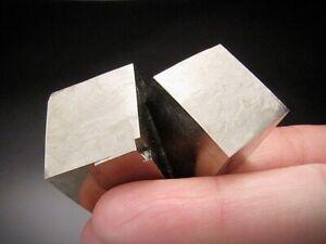 Pyrite-Crystals-Navajun-La-Rioja-Spain