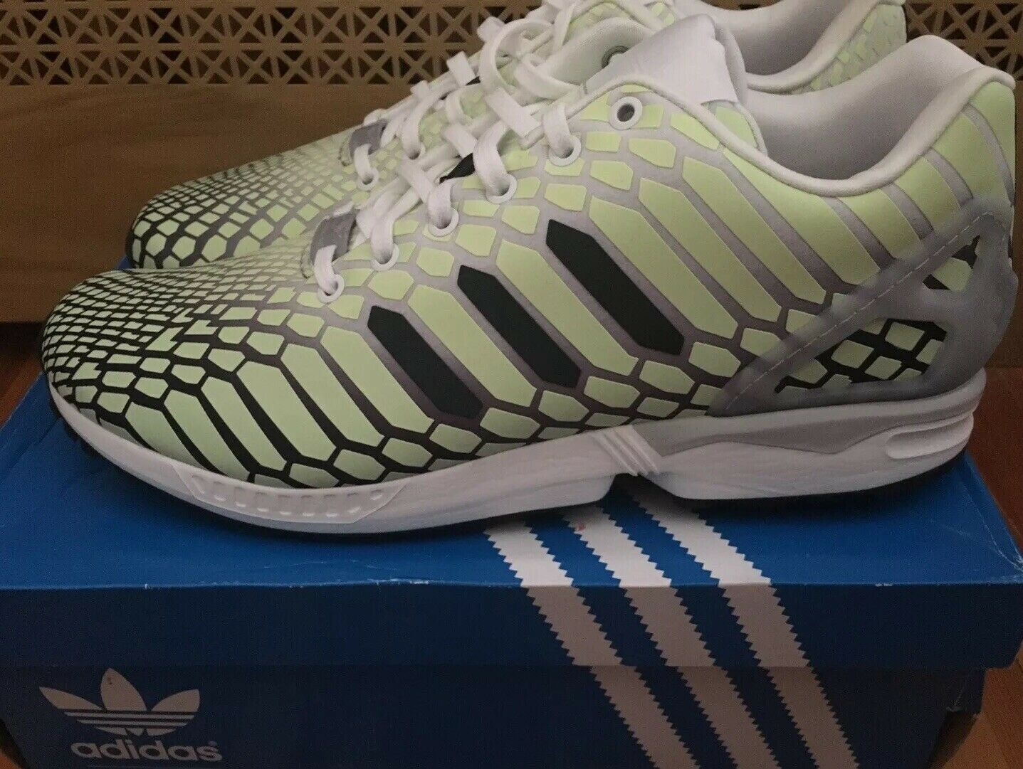 Adidas ZX Flux Xeno AQ4535 Glow Dark Torsion Marathon Running shoes Men's 11.5