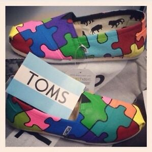 NWT Autism Speaks Custom Toms Shoes Any