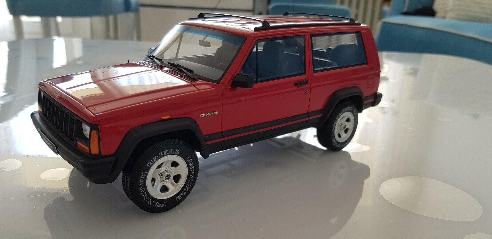 1 18 jeep cherokee 2.5 EFI rojo coche modelo Otto Mobile OVP