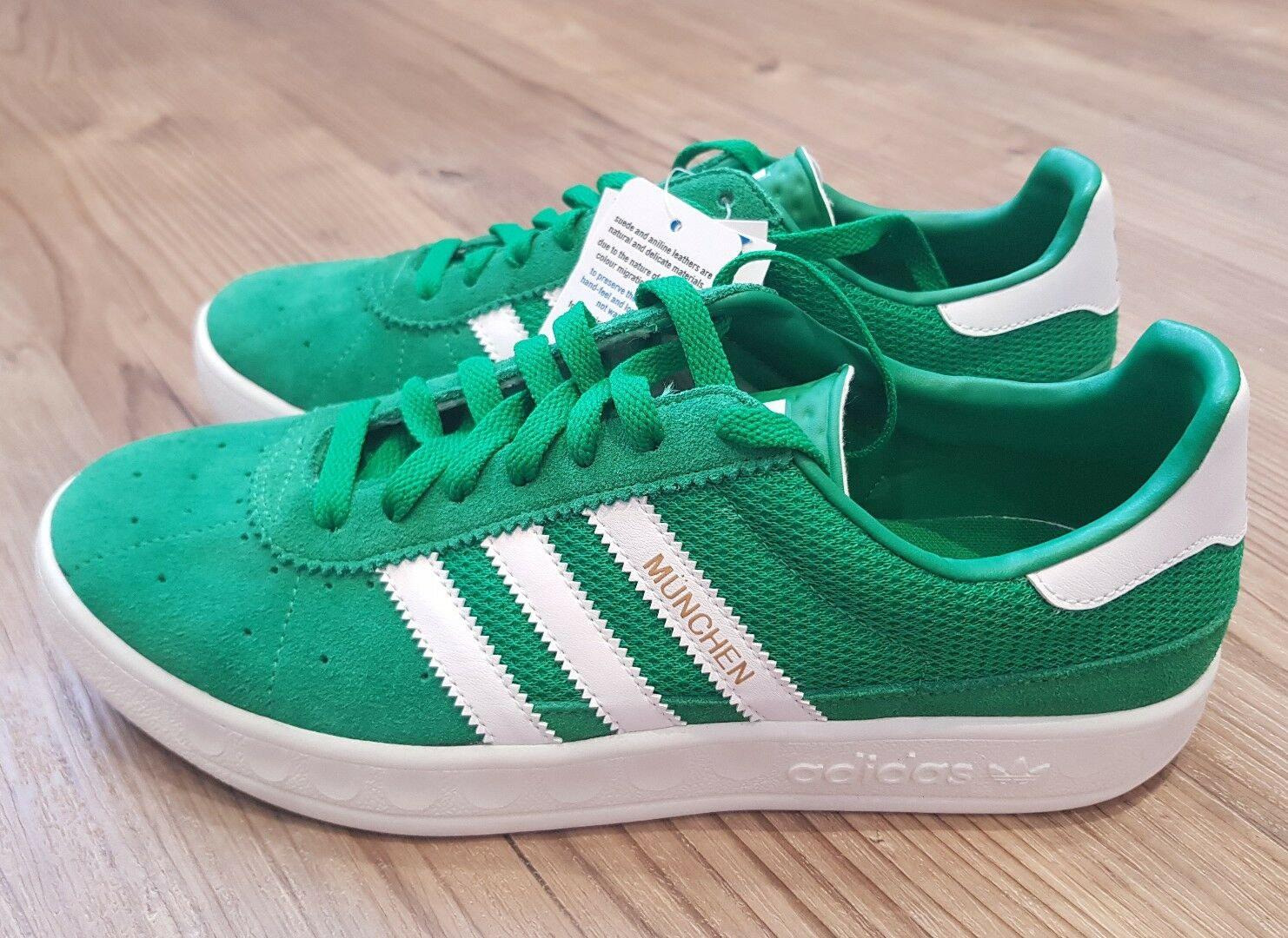 Adidas Originals Munchen trainersTaille 9.5 brand new with box. Tags attached