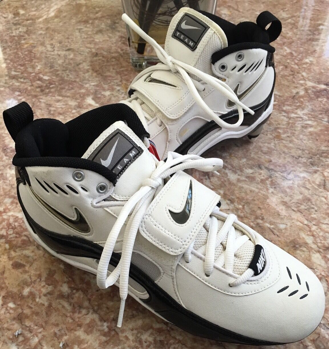 New Nike Men's Team Code D Football Cleats Shoes Size 7.5