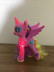 Fun-My-Little-Pony-G4-Princess-cadance-Glowing-hearts-Talking-Toy-MLP-Hasbro