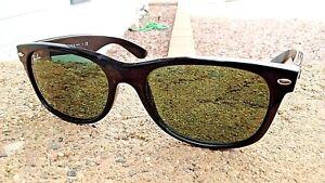 Designer-Ray-Ban-RB-2132-Wayfarer-901-Black-Frames-Green-G-15-Lenses