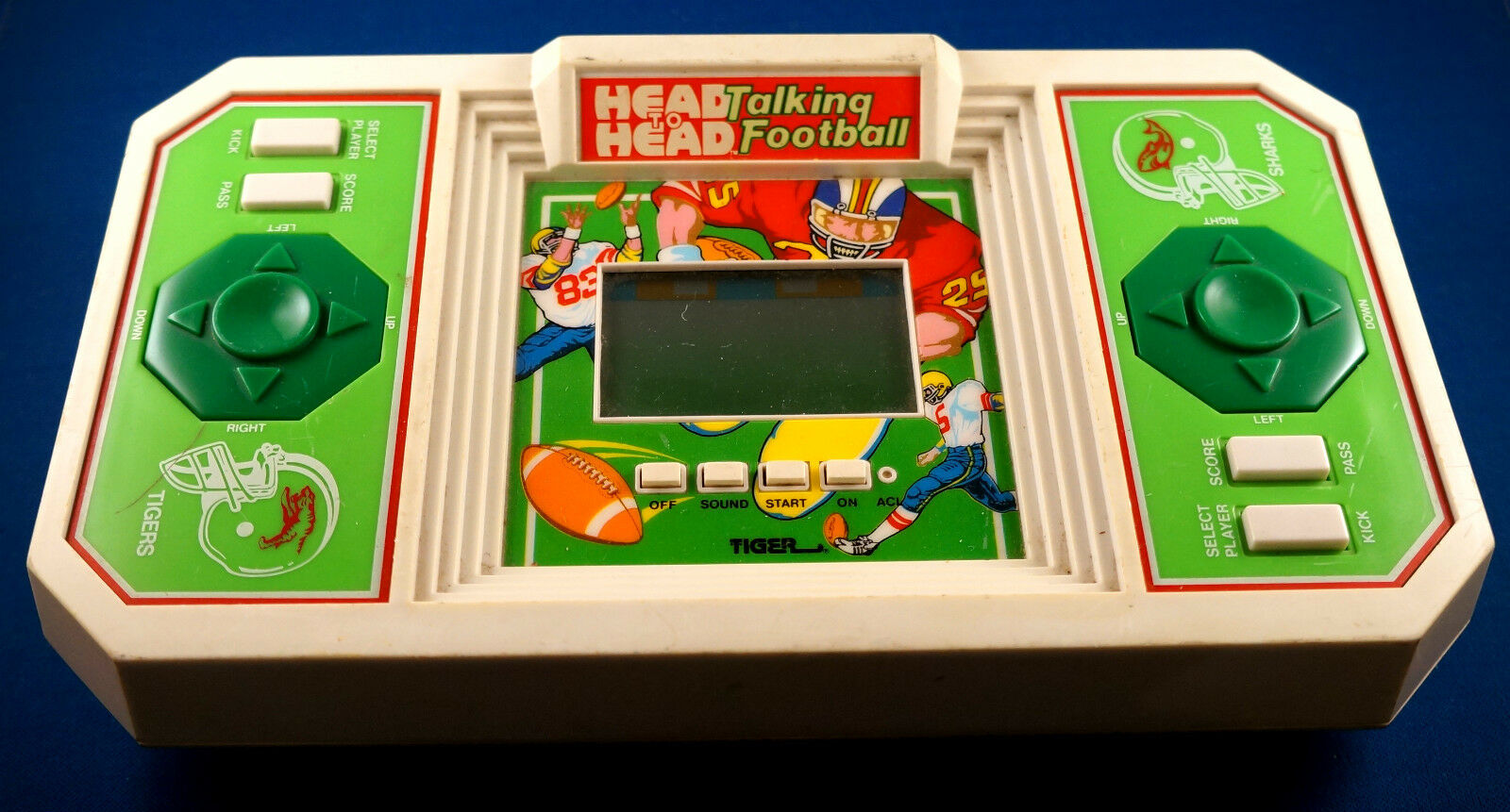 HEAD TO HEAD TALKING FOOTBALL TIGER ELECTRONICS TABLETOP HANDHELD GAME ARCADE