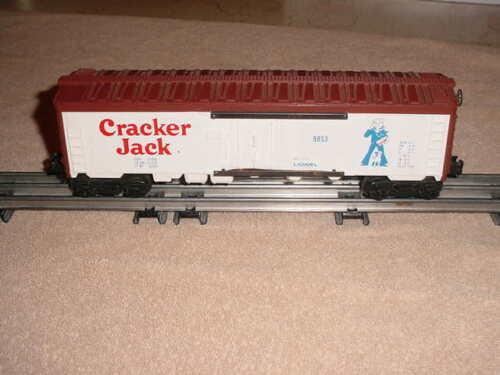 CRACKER JACK      0-027 ga. LIONEL REEFER CAR # 9853