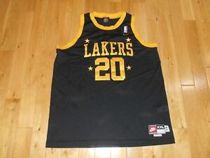 8977d2788f3 Vintage Nike GARY PAYTON 57 LOS ANGELES LAKERS Mens NBA Swingman ...