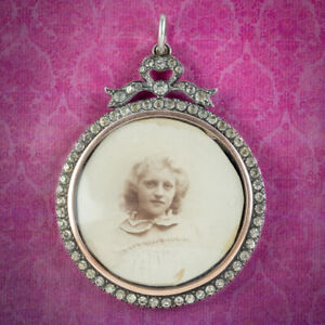 ANTIQUE EDWARDIAN PASTE PHOTO LOCKET PENDANT STERLING SILVER CIRCA 1915