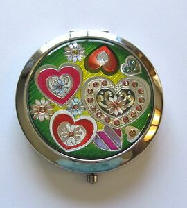 Mirror-Compact-hearts-flowers-silver-red-pink-white-green-yellow-silver-back