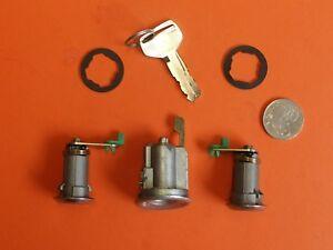 NEW IGNITION BARREL /& 2 DOOR LOCKS SUIT TOYOTA LANDCRUISER 80 SERIES
