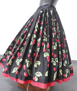 PIN-UP-GIRL-LAURA-BURNE-ROCKABILLY-RETRO-50-039-S-STYLE-CHERRY-SKIRT-SIZE-S