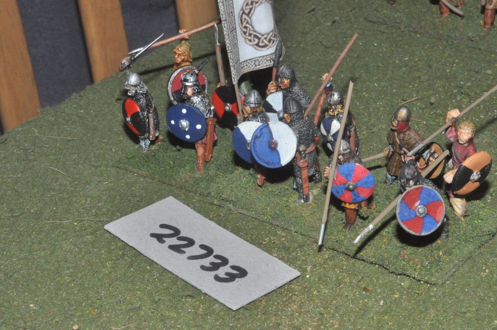 25mm dark ages   anglo saxon - spearmen 12 figs inf - inf (22733)