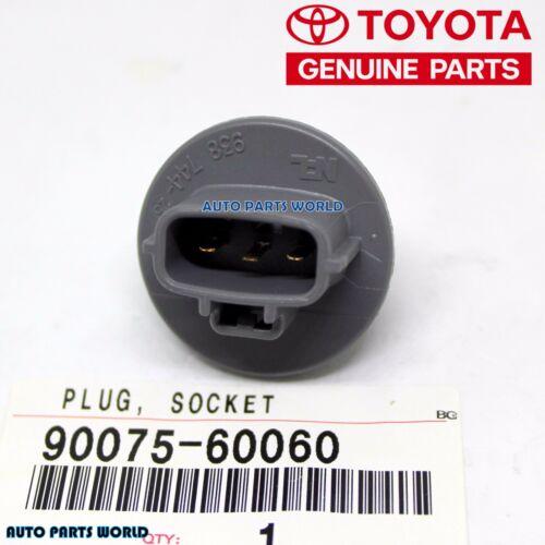 GENUINE TOYOTA LEXUS HIGHLANDER TACOMA TUNDRA SEQUOIA SOCKET PLUG 90075-60060