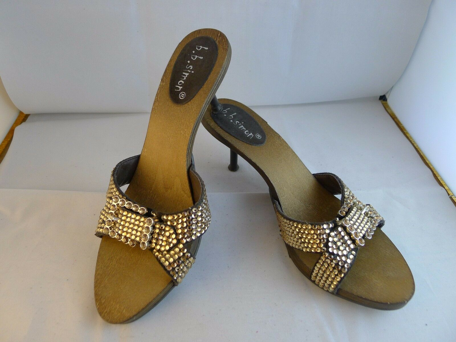 b.b.simon gold crystal heeled sandals size 8