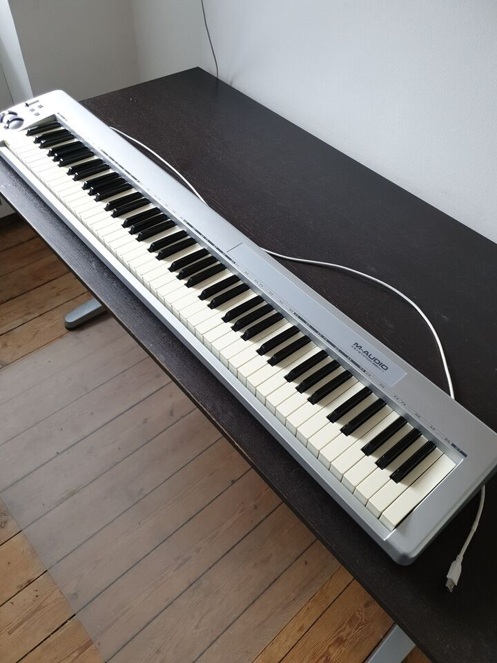 Midi keyboard, M-AUDIO Keystation 88es