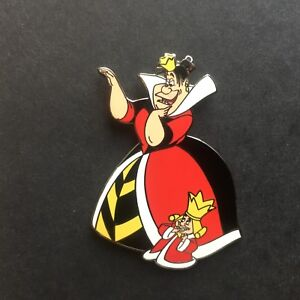 DLR - Queen of Hearts with Tiny King from Alice in