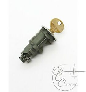 1978-1979-Lincoln-Continental-Trunk-Lock-Cylinder-with-Key-D7LY6543505A