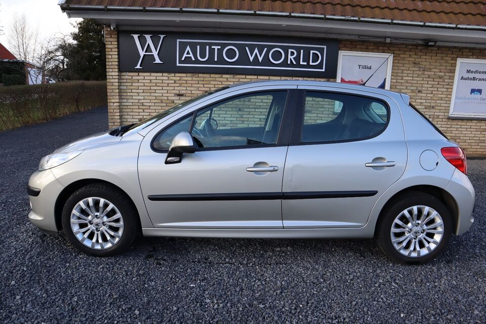 Peugeot 207 1,4 XR+ Benzin modelår 2008 km 116000