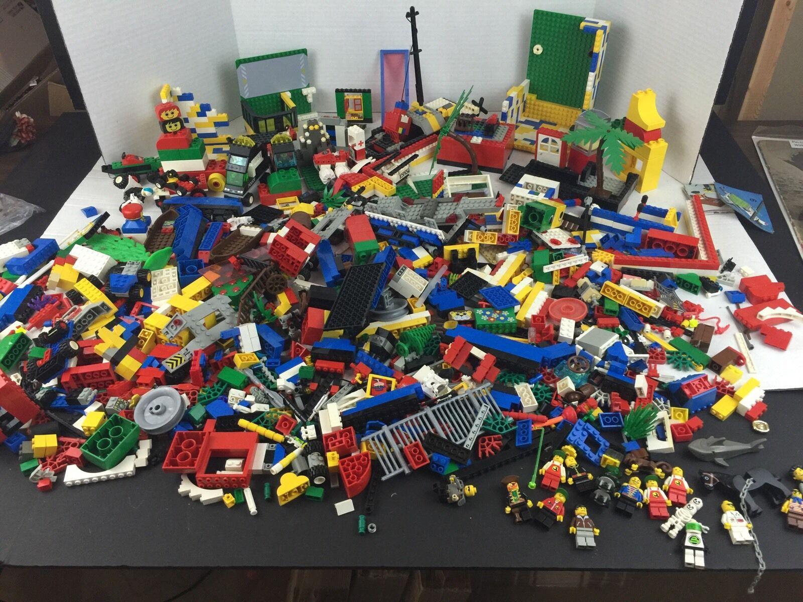 Huge Lego Masse 10 Lbs Bricks Parts Pieces Mixed sets & Mini Figs.