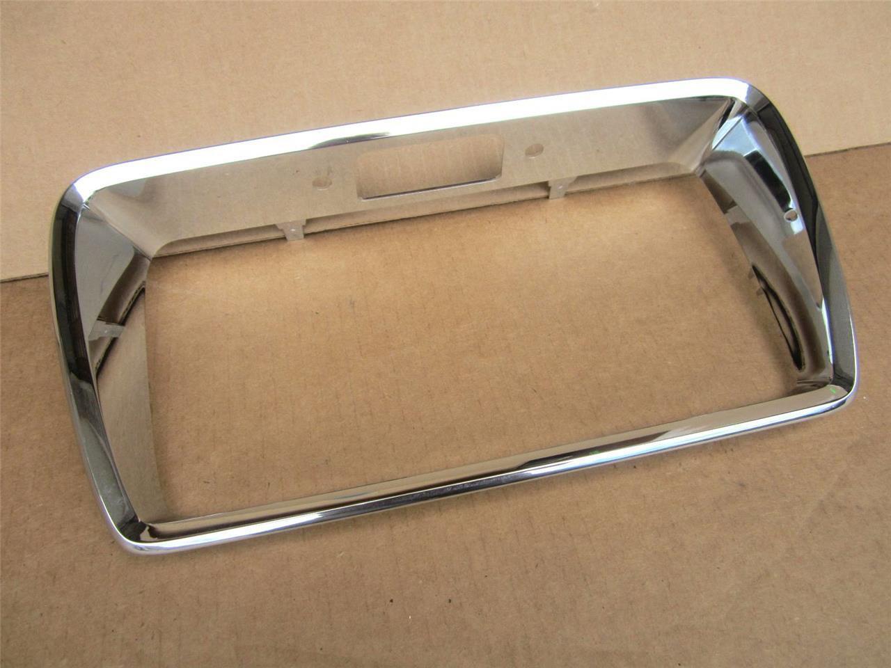 OEM 2008-2012 Chevrolet Malibu Chrome License Molding Trim Surround 15831264