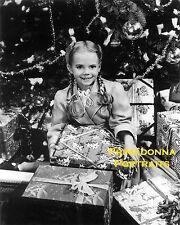 "NATALIE WOOD B&W 8x10 Lab PHOTO ""Miracle on 34th Street"" Christmas Tree Portrait"