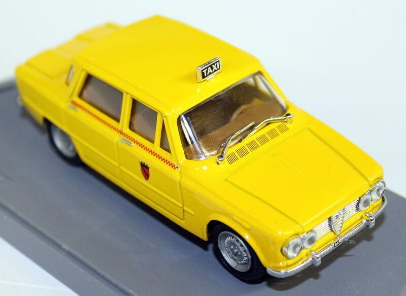 Progetto K 1 43 Scale - PK 103B Alfa Romeo Giulia Berlina Taxi Diecast Model Car