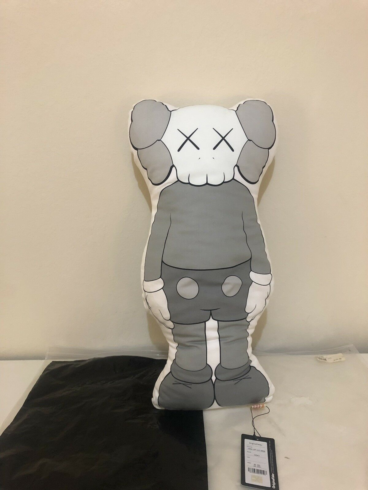 Originalfake kaws Companion Cushion Pillow Grey Grey Grey 0c5261