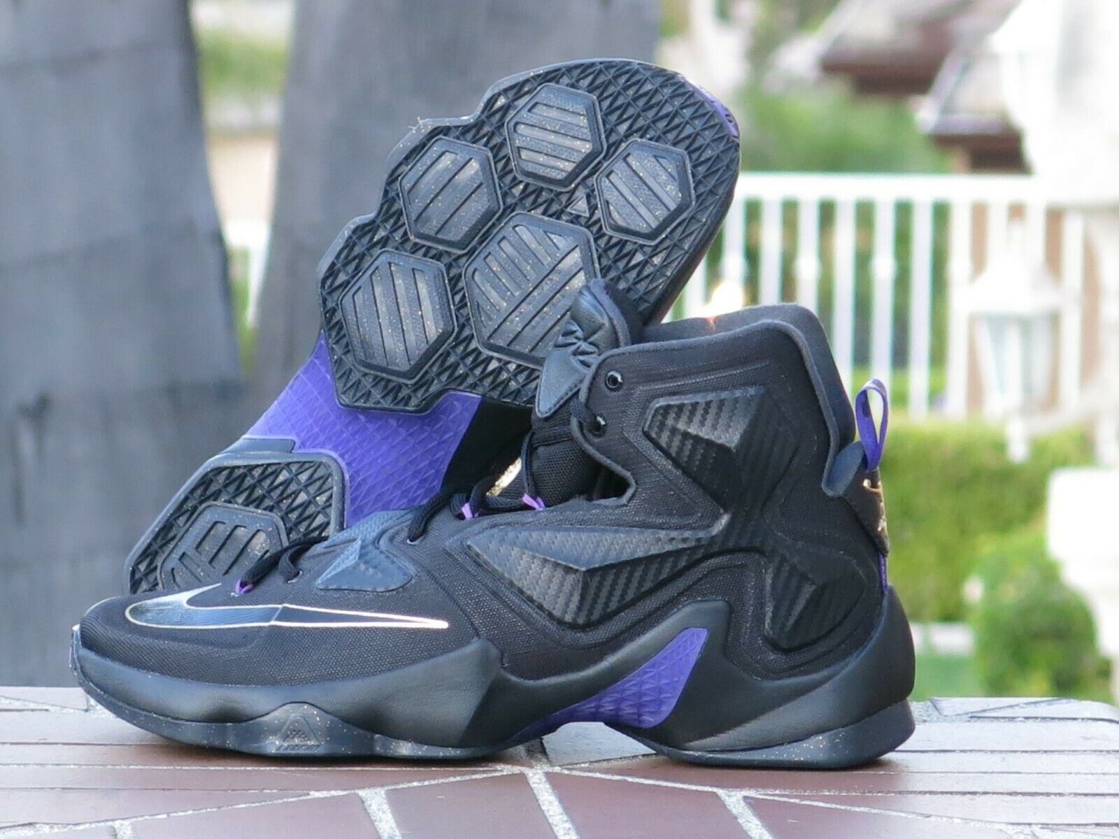Nike Lebron James XIII Men's Basketball Sneakers 807219-007