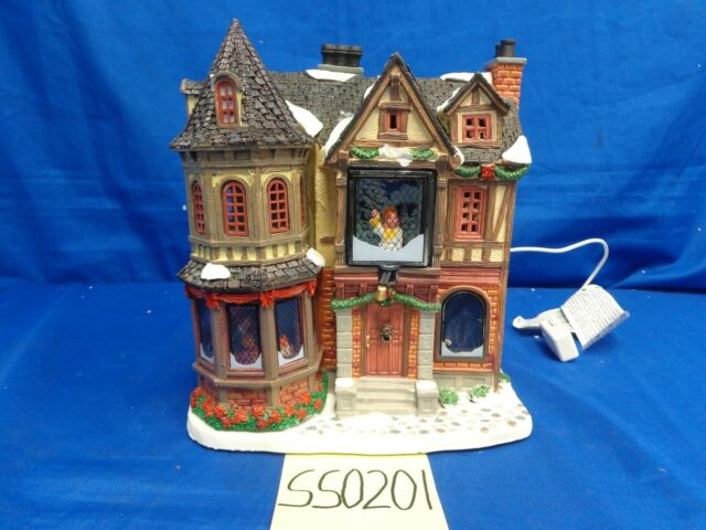 WAFFLE HUT Lemax Christmas Village Skiing Winter House Cafe Sears 43074 2014 NEW
