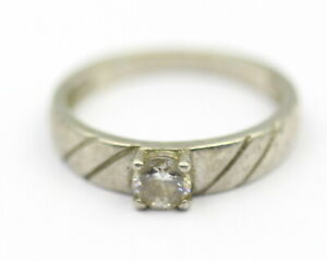 2.910 Grams Solitaire Ring Cubic Zirconia Vintage Silver Jewelry Old Collection